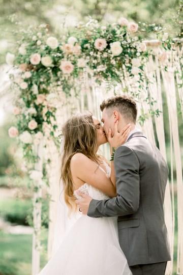 Whimsical Floral-Filled Woodland Wedding – Walnut and Main – Irina Turkova Photography 54
