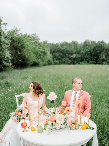 Whimsical Pantone Living Coral Colorful Meadow Wedding Inspiration – Kira Nicole Photography 32