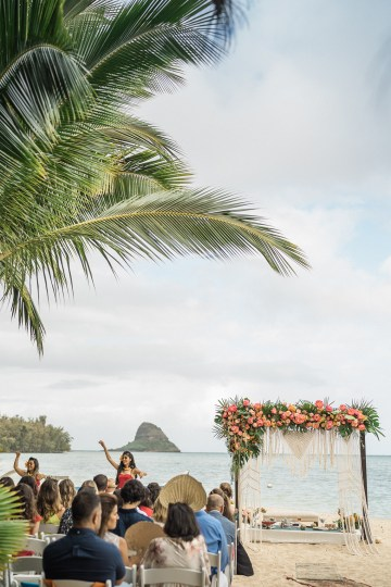Breathtaking Cultural Polynesian Wedding on the Beaches of Hawaii – Joseph Esser 29