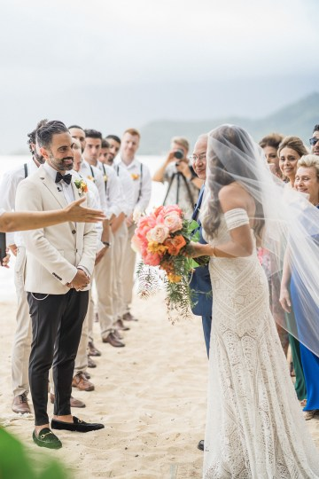 Breathtaking Cultural Polynesian Wedding on the Beaches of Hawaii – Joseph Esser 33