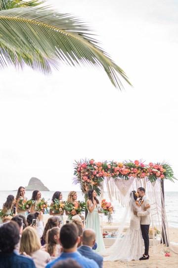 Breathtaking Cultural Polynesian Wedding on the Beaches of Hawaii – Joseph Esser 35