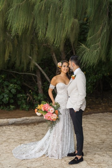 Breathtaking Cultural Polynesian Wedding on the Beaches of Hawaii – Joseph Esser 39