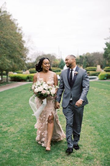 Pretty Texas Garden Wedding With A Blush Pink Wedding Dress – Deven Ashley 25