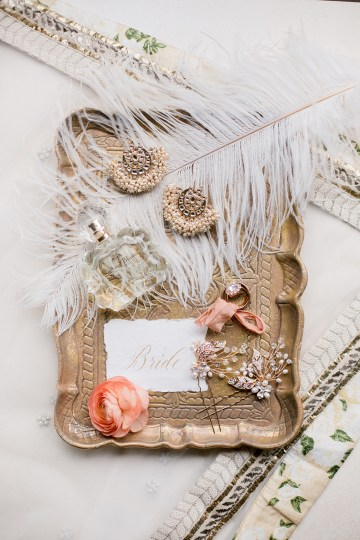 Gorgeous Gold South Asian Wedding Inspiration with a Crescent Moon Altar – Hope Helmuth Photography 3