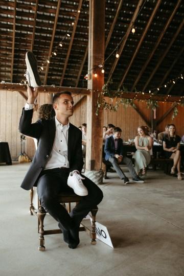 Joyous Oregon Berry Farm Wedding – Phil Chester – Peachy Keen Coordination – Hoffman Farm Store 26