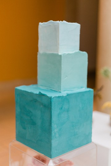 Blue Ombre and Lucite 2020 Wedding Ideas – Penelope Lamore 31