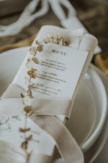 White and Taupe Minimalistic Wedding Inspiration – Vanessa Illi 23
