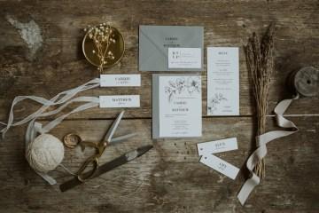 White and Taupe Minimalistic Wedding Inspiration – Vanessa Illi 3