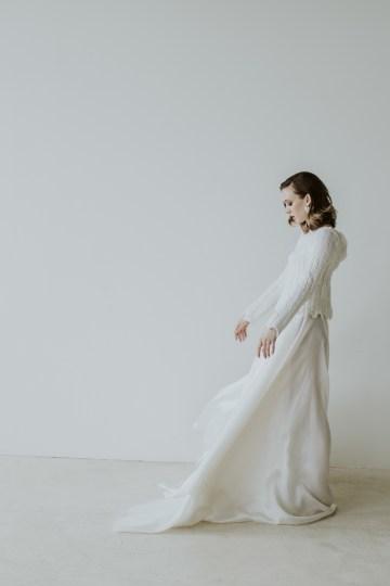 White and Taupe Minimalistic Wedding Inspiration – Vanessa Illi 50