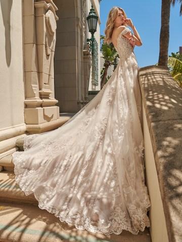 10 Gorgeous Ball Gown Wedding Dresses – Val Stefani – D8230_B