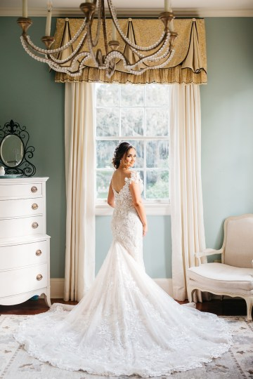 Magical Intimate Southern Wedding Under The Oak Trees – Pure Luxe Bride – Lydia Ruth Photography 20