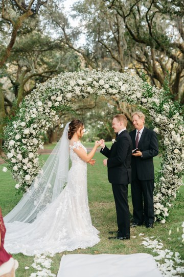 Magical Intimate Southern Wedding Under The Oak Trees – Pure Luxe Bride – Lydia Ruth Photography 38