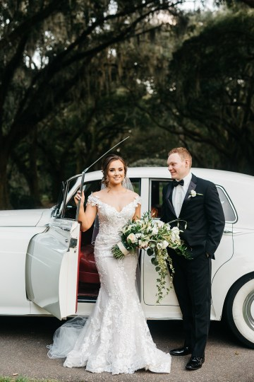 Magical Intimate Southern Wedding Under The Oak Trees – Pure Luxe Bride – Lydia Ruth Photography 46
