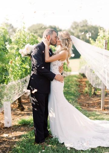 Lavish Southern Winery Wedding – Molly Lichten Photography 30