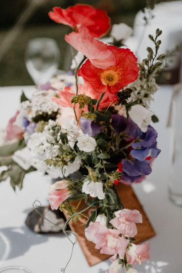 Pretty Meadow Wedding in the Czech Republic – Carols Darkroom 13