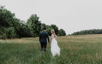 This Czech Meadow Wedding Shows Why You Should Support Local Vendors