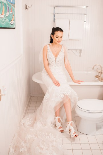 Maggie Sottero Pacific Northwest Beach Wedding Inspiration – Claire Eliza – Bridal Musings 11