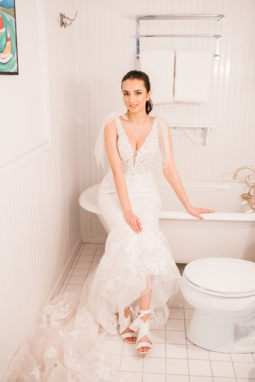 Maggie Sottero Pacific Northwest Beach Wedding Inspiration – Claire Eliza – Bridal Musings 12