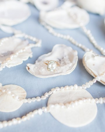 Maggie Sottero Pacific Northwest Beach Wedding Inspiration – Claire Eliza – Bridal Musings 6