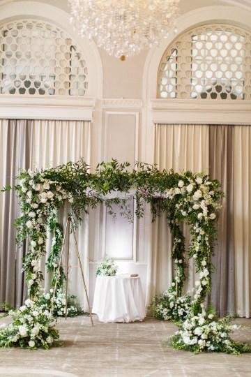 Ornate Jewish Ballroom Wedding with the Brides Grandmothers Wedding Dress – Danielle Harris Photography 31