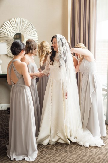 Ornate Jewish Ballroom Wedding with the Brides Grandmothers Wedding Dress – Danielle Harris Photography 40