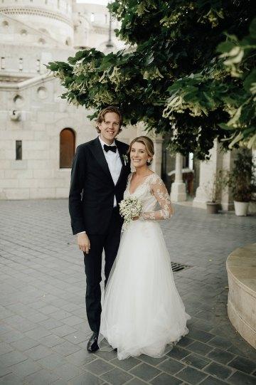 Practically Royal Classic Budapest Cathedral Wedding – Julian Gyula Zacsfalvi 25