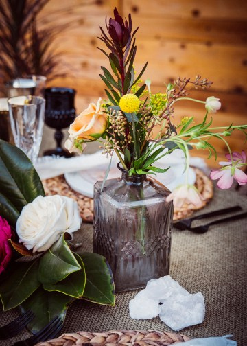 How to Decorate A Tropical Wedding for Your Home or Backyard – Light and Space – Bright Bird Photography 38