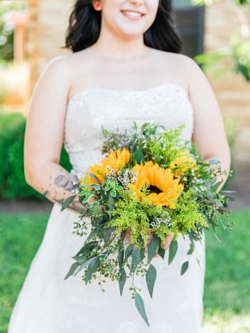 Intimate Summer Cottage Wedding – Rachel Ann Media 19