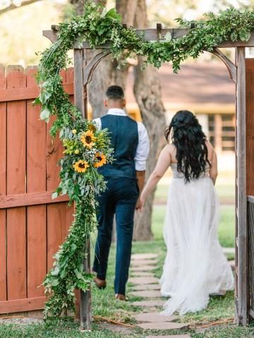 Intimate Summer Cottage Wedding – Rachel Ann Media 26