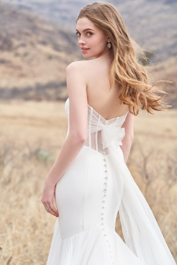 Wedding Postponement Guide – Gorgeous Allure Bridals Wedding Dresses for Your Bridal Photoshoot – 3354-AD3