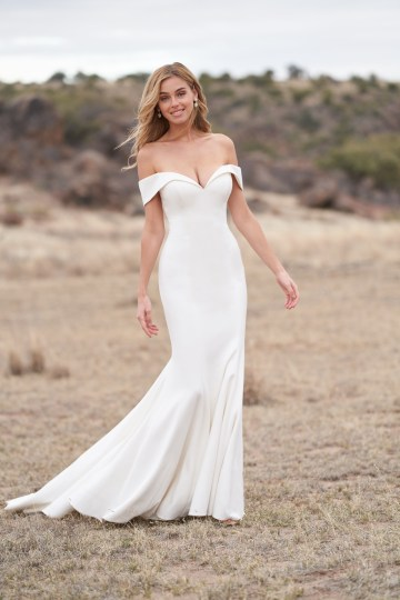 Wedding Postponement Guide – Gorgeous Allure Bridals Wedding Dresses for Your Bridal Photoshoot – 9763-AD2