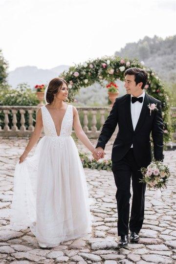 Stunning Rustic Mallorca Destination Wedding – Paco and Aga Photography 22
