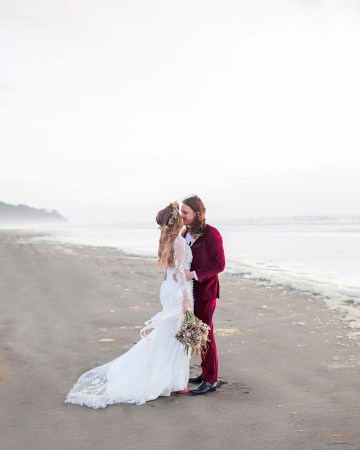 Pacific Northwest Rock and Roll Beach Wedding at The Funky Souwester Lodge – Claire Eliza Wedding Photography – Christina Castello and Drew Pull – Alexandra Grecco Dylan Gown 49