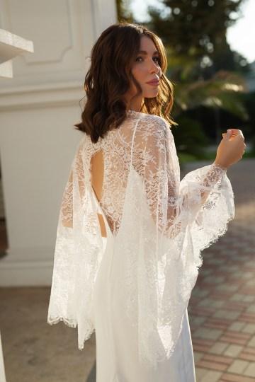Feminine Simple Minimalistic Wedding Dresses by Mila Bridal 2020 2021 – Bridal Musings 34