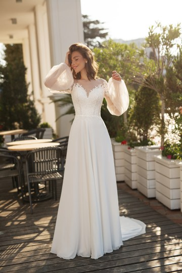 Feminine Simple Minimalistic Wedding Dresses by Mila Bridal 2020 2021 – Bridal Musings 43