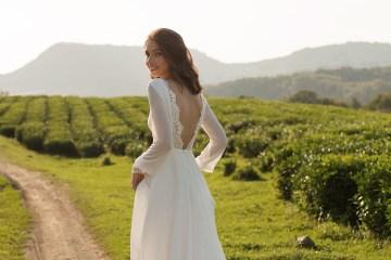 Feminine Simple Minimalistic Wedding Dresses by Mila Bridal 2020 2021 – Bridal Musings 59