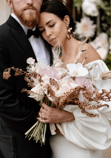 Fashion-forward Countryside Wedding Inspiration – Elmore Court – Laura Martha Photography 26