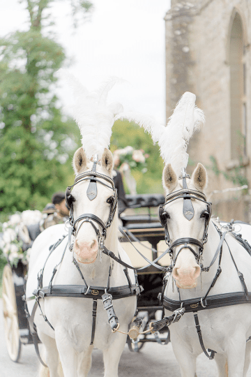 Fairytale Royal English Wedding Inspiration at Clearwater Castle – Sara Cooper Photography – Smitten Weddings 32