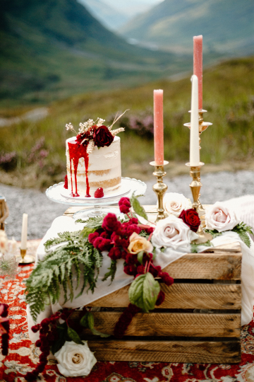 Stunning Scotland Highlands Elopement Inspiration – Alia PAIENDA – E and W Couture 12