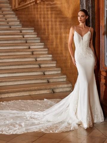 Extravagant Wedding Dresses for 2021 2022 – Val Stefani – Bridal Musings – D8271 A