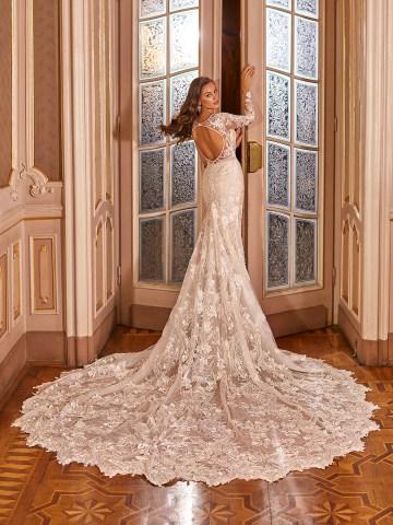 Extravagant Wedding Dresses for 2021 2022 – Val Stefani – Bridal Musings – D8276 B