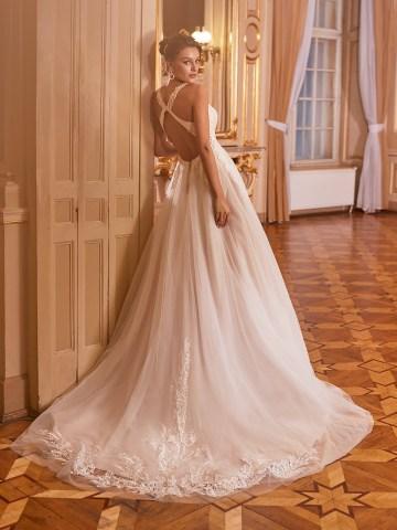 How to Plan A Luxurious Wedding At Home – Moonlight Bridal – Bridal Musings – J6825_B