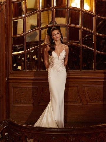 How to Plan A Luxurious Wedding At Home – Moonlight Bridal – Bridal Musings – J6826_C2