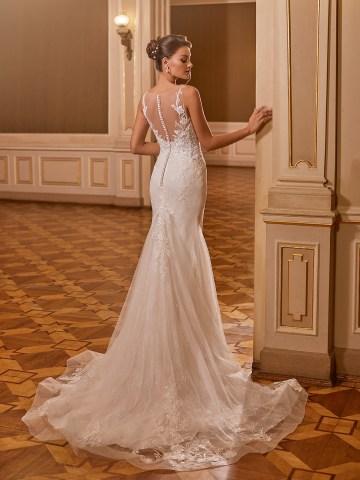 How to Plan A Luxurious Wedding At Home – Moonlight Bridal – Bridal Musings – J6829_B
