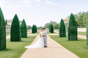 Incredible Floral Rich Pelican Hill Wedding – Brett Hickman Photography – Galia Lahav Real Bride 1
