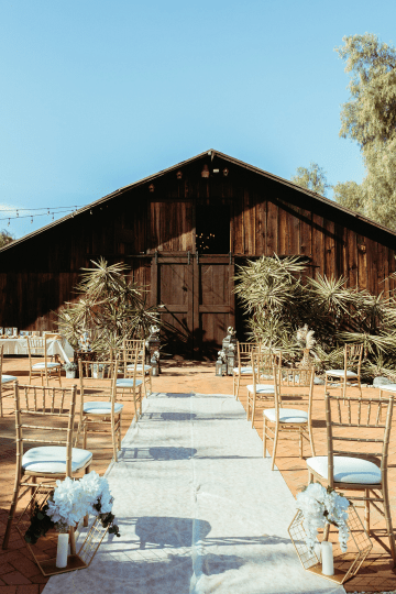 Rustic Indian Micro Wedding – Stonehurt Wedding Venue – Leilani Weddings – West Imagery Photography – PrettyParty Floral 14