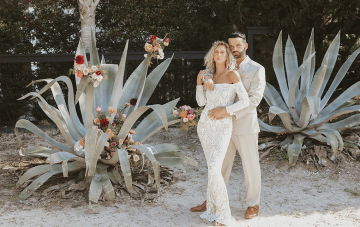Curly Haired Brides Are Free To Go Natural In This Beach Wedding Inspiration