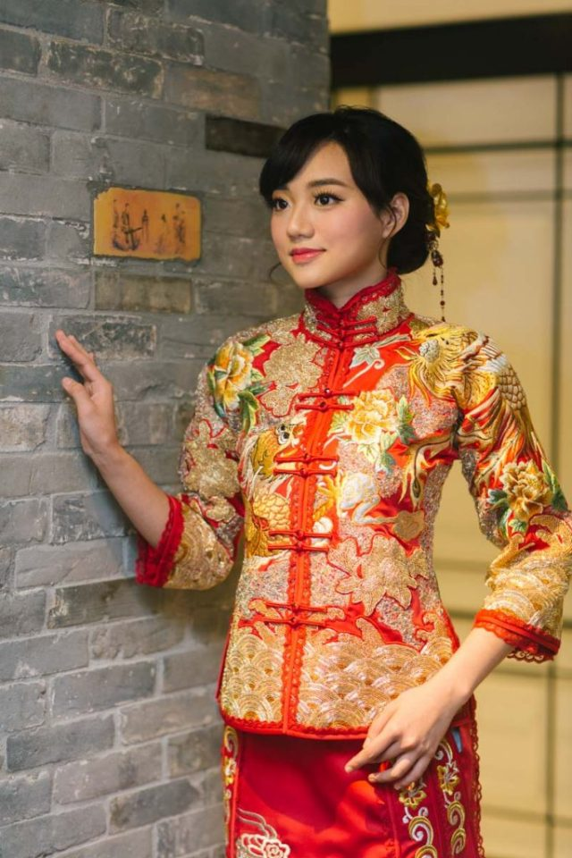 brideandbreakfasthk-cocoonbridal-chinese-qua-dress-traditional-hannahcho-015