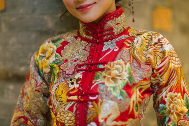 brideandbreakfasthk-cocoonbridal-chinese-qua-dress-traditional-hannahcho-018
