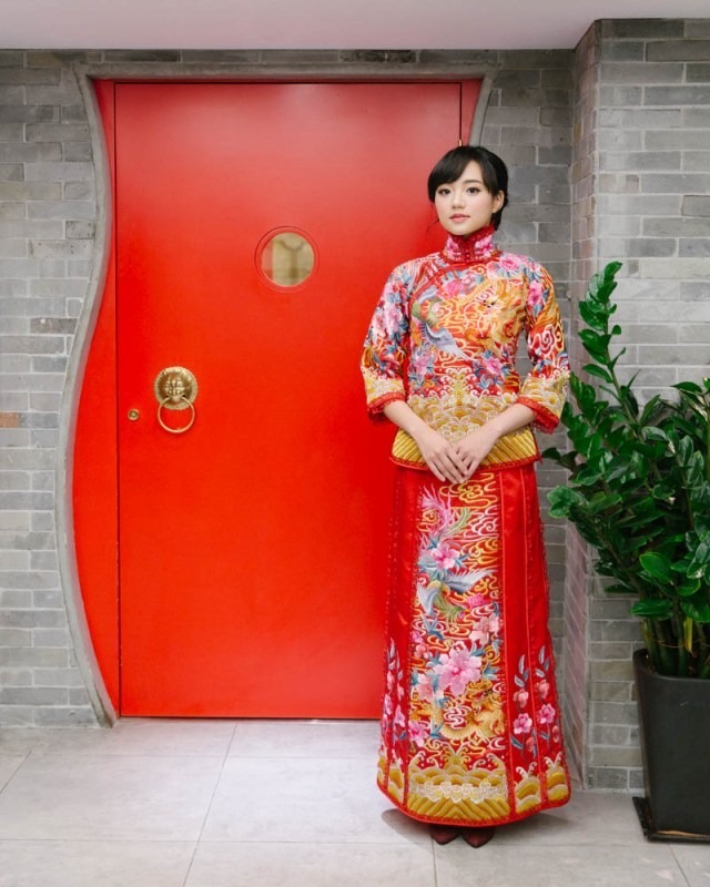 brideandbreakfasthk-cocoonbridal-chinese-qua-dress-traditional-hannahcho-024